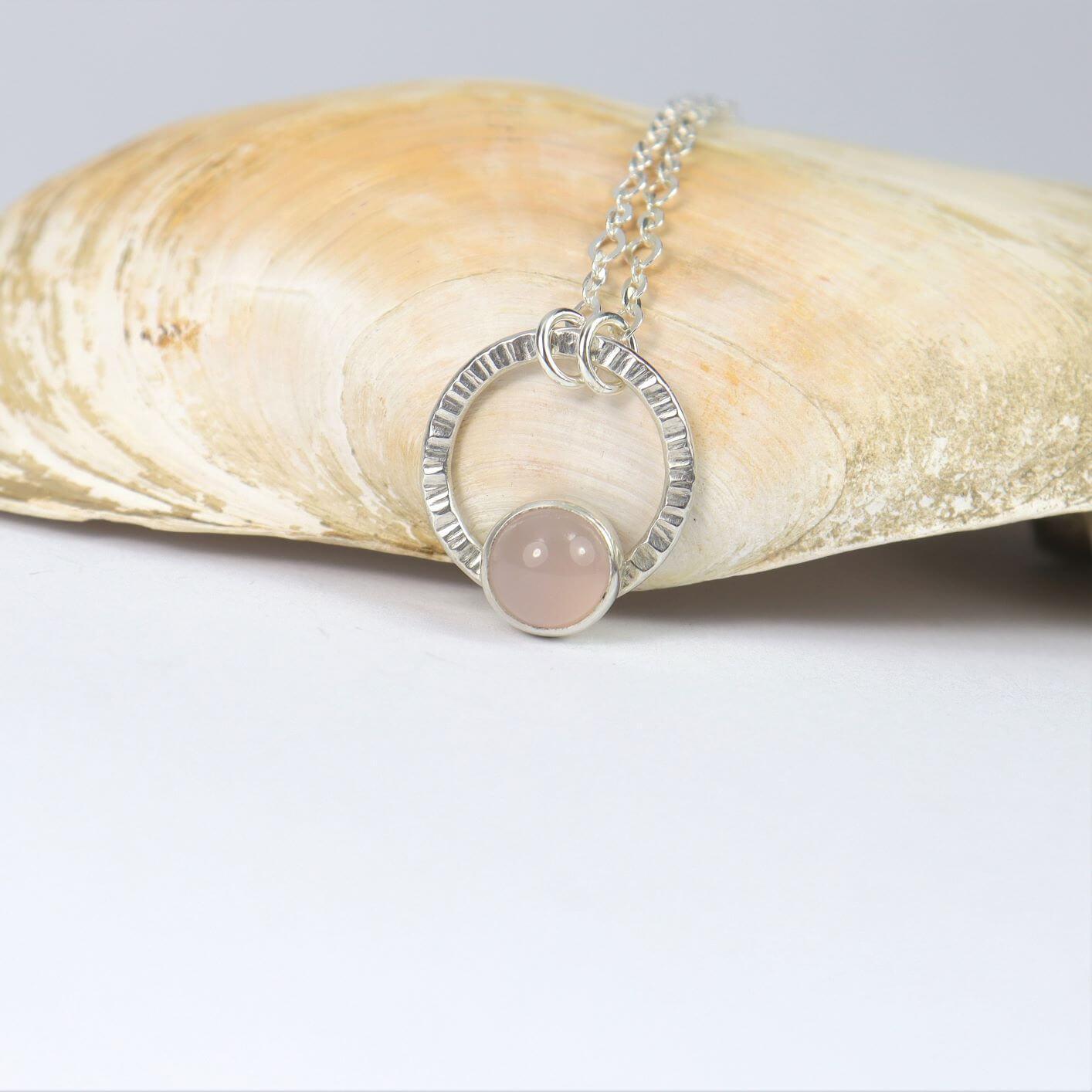 Naszyjnik Simple z kwarcem różowym