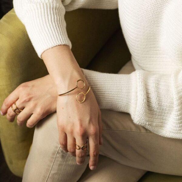 Regulowana bransoletka ze srebra pozłacanego minimalizm