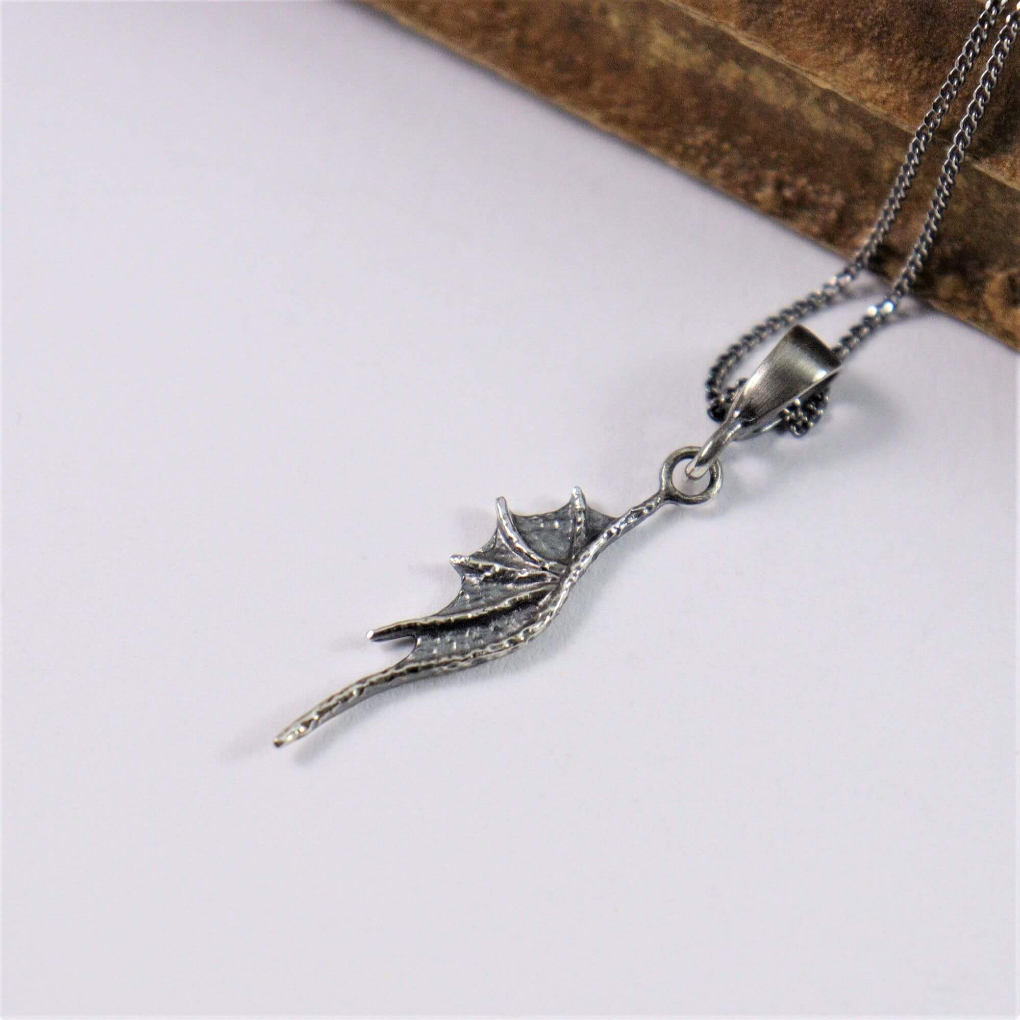 Wisiorek Long Dragon Wings Mini